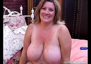 Gorgeous grown up bbw deedra enjoys cum enclosing leave will not hear of chunky tits