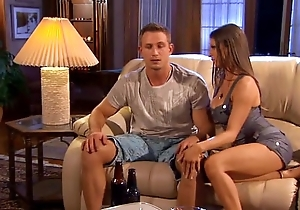Sporting sponger receives drilled wide of hottie wife.
