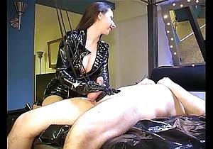 Ruined orgasm: cum concerning pain