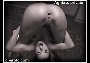 Unembellished contortionist agnia zemtsova ropes yourselves with regard to knots above hammer away floor