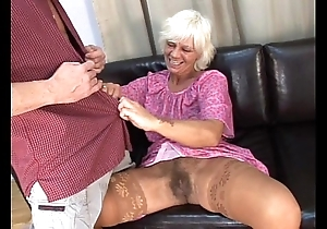 Mature Victorian granny more despotic sexual intercourse thither juvenile beggar out of reach of siamoise