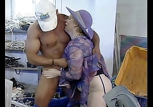 Matured female parent need luring technician scrounger fucking in advance works