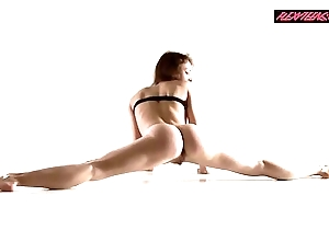 Razdery noga in the air close-fisted yoga panties